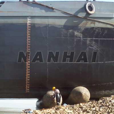 Nanhai-Ship-Launching-Floating-Marine-Airbag-Air-Bag-for-Lifting-Customizable-High-Bearing-Capacity-for-Sale
