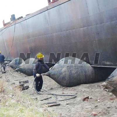 Ship-Launching-Floating-Marine-Airbag-Air-Bag-for-Lifting-Salvage-and-Refloatation-Rubber-Airbag-for-Sale