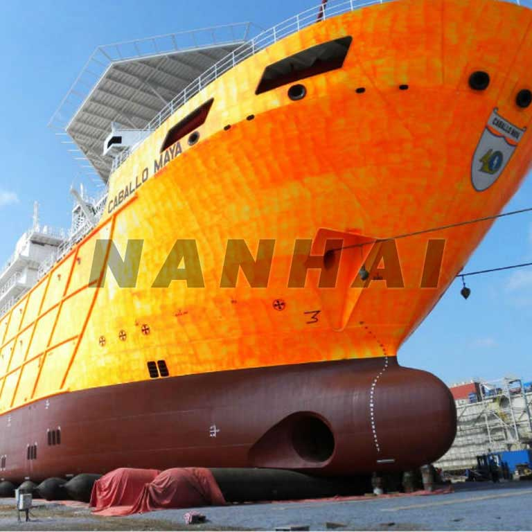 Large-Pressure Ship Launching or Landing Marine Airbags Foe Ships