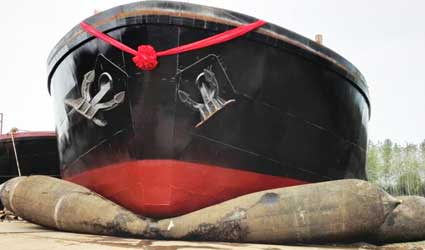 Ship-Launching-Airbag-Rubber-Marine-Air-Bags-for-Boat,-Vessel-in-Shipyards