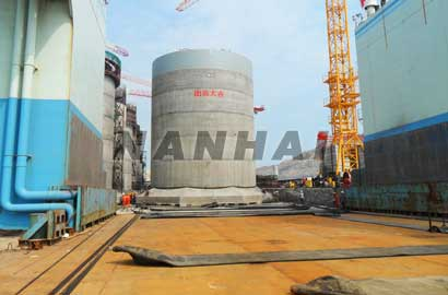 Suppliers.-Rubber-Airbags-for-Hauling-out-of-Large-Marine-Structures-Including-Ships-for-Repairs-or-Recycle