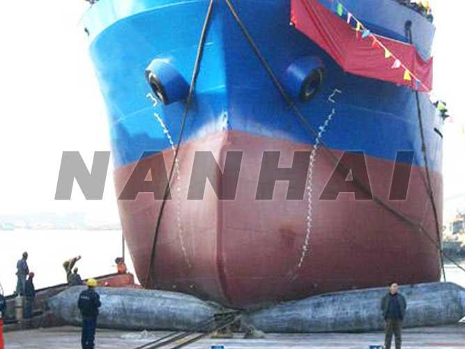 船舶-划船-着陆-起重-气球-安全气囊-用于施工,-移动-重物-操作