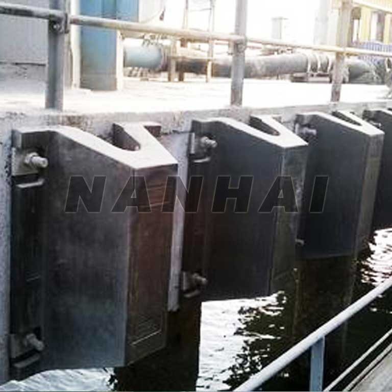 Customized-arch-rubber-Fender-for-Sale-Boat-Bumper-Dd-Anti-Aging-Marine-Dock-Rubber-Fender-for-Sale