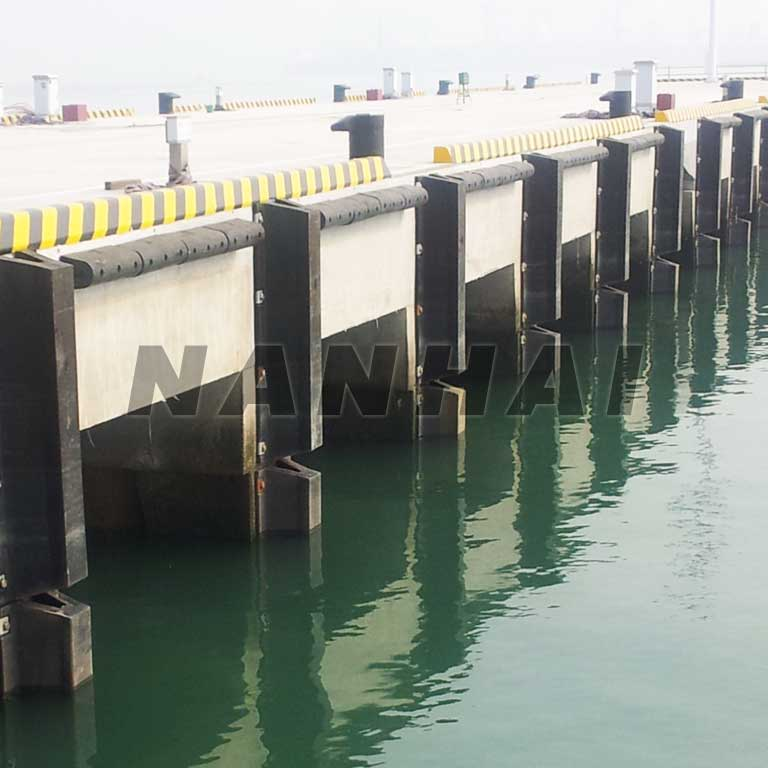 arch-Rubber-Fender-Solid-Marine-Fender-for-Ports-Wharf-for-Protection